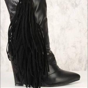 NIB Black vegan snakeskin & leather fringe booties